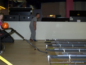 Childrens heart association bowling 074