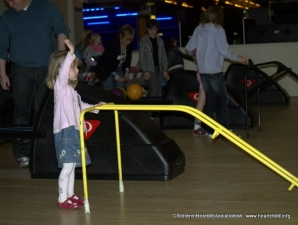 Childrens heart association bowling 075
