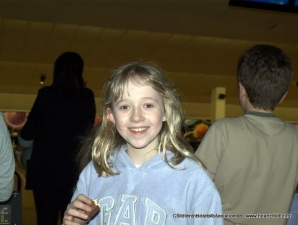 Childrens heart association bowling 091
