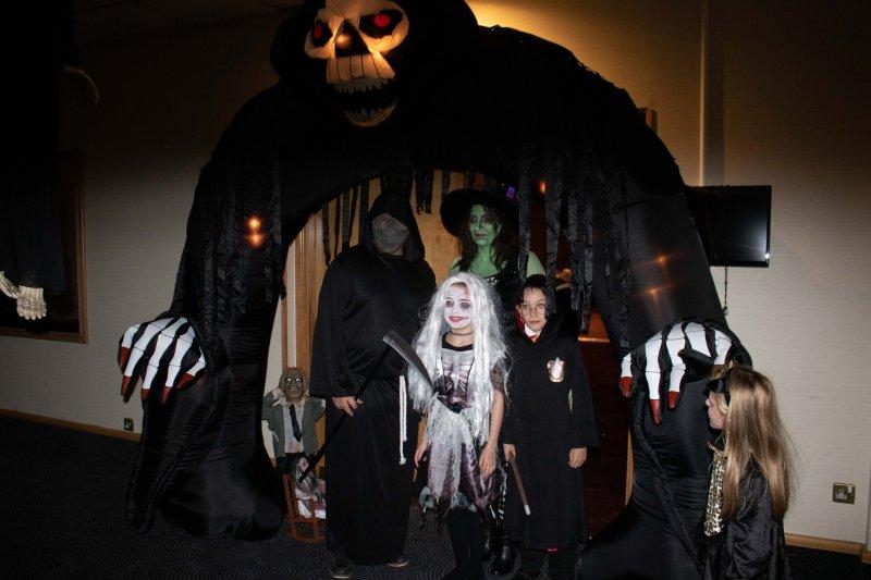 Halloween-Party-2