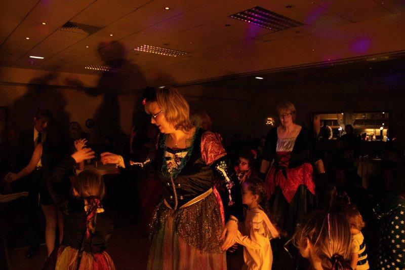 Halloween-Party-44